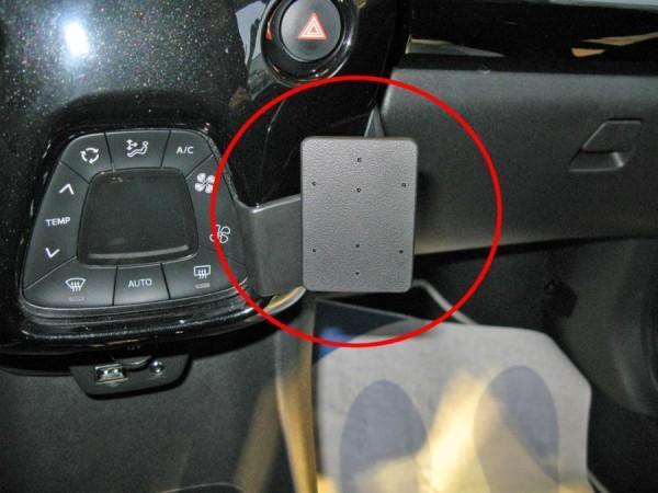Brodit ProClip - Citroen C1 / Peugeot 108 / Toyota AYGO - Bj. 14-18 - Angled Mount - 855051