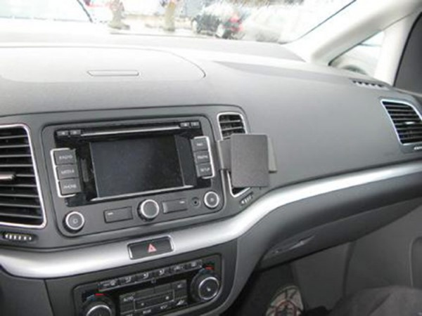 Brodit ProClip - Seat Alhambra / VW Sharan - Bj. 11-19 - Angled Mount - 854563