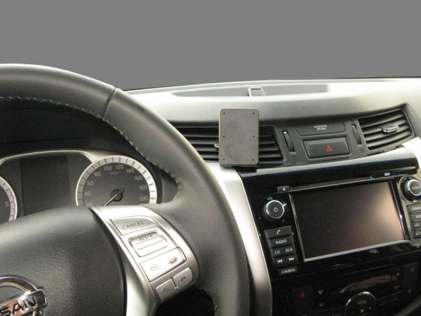 Brodit ProClip - Nissan Navara / Renault Alaskan - Bj. 16-19 - Center Mount - 855196